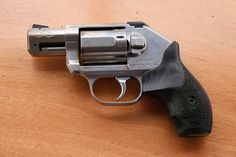 Kimber's made big news this week with the launch of a revolver. The K6s is a genuine SHOT Show surprise, chambered in .357. This is a slim (if that's possible) 6 shot DAO that will make a lot of wheel-gun fans very happy. Wow!!