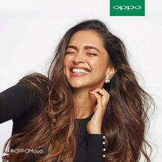 Deepika in oppo's advertising Deepika Padukone Hair, Deepika Ranveer, Shraddha Kapoor, Shahrukh Khan, Priyanka Chopra, Ranbir Kapoor, Indian Celebrities, Bollywood Celebrities, Bollywood Fashion