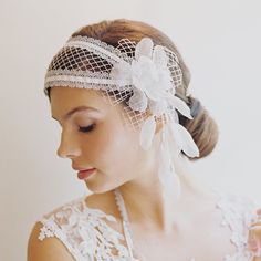Bridal cap champagne silver silk flower 1920s style Rowena 1933, something like this but with long, long ribbon or tulle, instead of veil. Still gets the movement