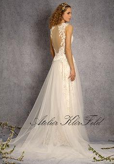 svatební šaty, wedding dress, Ateliér Klérfeld 2018 One Shoulder Wedding Dress, Wedding Dresses, Fashion, Atelier, Moda, Bridal Dresses, Alon Livne Wedding Dresses, Fashion Styles, Weeding Dresses