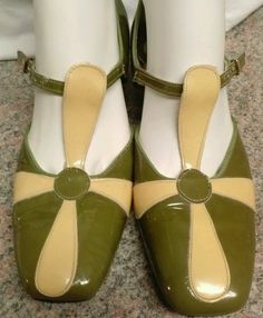 Vintage 60s Sbicca Green Yellow Flower Pattern Leather Buckle Strap Womans Shoes | eBay