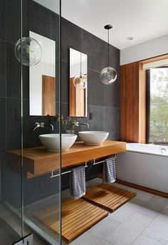Would really like a clear, mostly white, and simple bedroom. Would really like traditional room with modern touches! Growing older because of the it really is key - bench seat, door handles, bars, etc. #Bathroomdesign Industrial Bathroom Design, Bathroom Interior Design, Industrial Style, Kitchen Interior, Bathroom Layout, Bathroom Colors, Bathroom Ideas, Bathroom Organization, Bathroom Storage