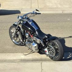 David's '05 Harley Davidson Dyna Wide Glide with custom Voodoo Fender | Rocket Bobs