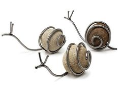 Snail Sculpture from UncommonGoods. DIY inspiration with rock and wire. Variation: use a marble instead of a rock. Wire Crafts, Rock Crafts, Copper Crafts, Garden Crafts, Garden Art, Snails In Garden, Garden Snail, Rocks Garden, Cement Garden