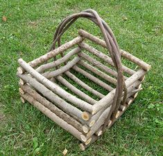 Buy rustic willow furniture & decor for your home online. Willow Furniture, Wicker Furniture, Rustic Furniture, Twig Crafts, Decor Crafts, Wood Crafts, Rustic Baskets, Deco Champetre, Sticks Furniture