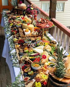 It's not just a platter Its a centrepiece, a conversation starter & a hangover cure! Cheese Table, Cheese Platters, Buffets, Party Food Platters, Reception Food, Grazing Tables, Cheese Party, Party Buffet, Food Displays