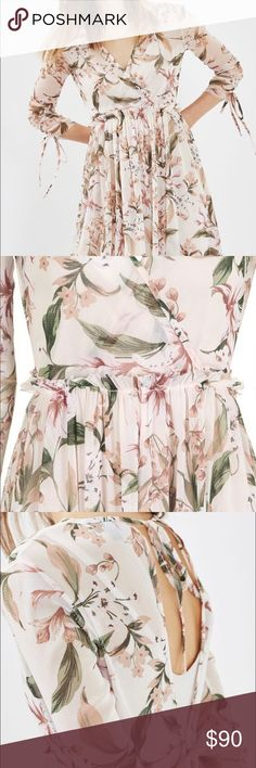 Today only🎉🎊🎉Lilly floral mesh dress New arrival Spring dress. Beautiful and flattering top shop dress with tag still on purchased from Nordstrom. Never been worn. The size 4 (fits like size 0-2). Topshop Dresses Midi