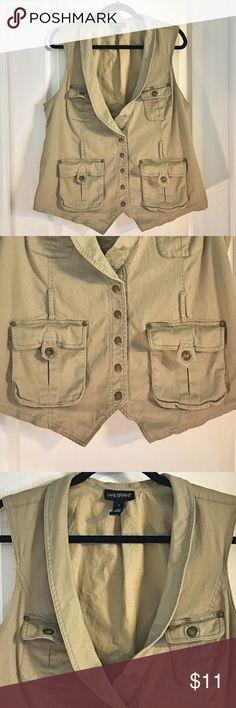 Lane Bryant Khaki Fishing Vest Lane Bryant Khaki Fishing Vest ~ Size 18 ~ Fabric is 98% Cotton & 2% Spandex ~ Lining is 100% Cotton ~ Does not come with belt. Lane Bryant Jackets & Coats Vests