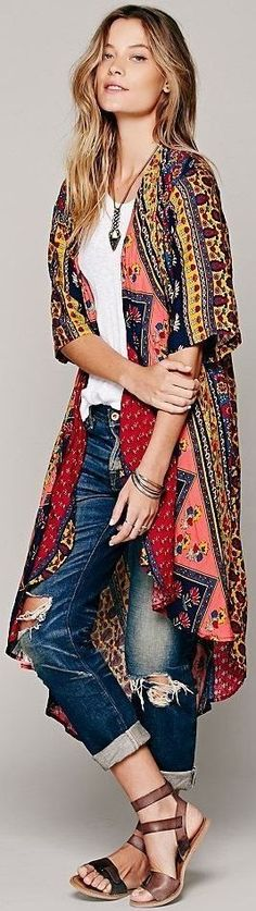 Gorgeous short sleeve duster and distressed denim❤..#Fashion #Boho .