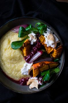 It's usually pretty hard to find smoked Burrata in shops, but this cheese comes perfectly along with Polenta & add a sparkling touch to my recipe of Creamy Polenta with smoked Burrata, roasted pumpkin & cranberry-shallot sauce.
