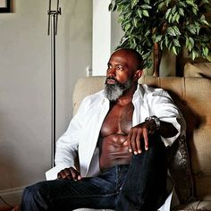 Life doesn't allow for us to back and fix what we've done wrong in the past, but, it does allow for us to live each day better than our last. Thanks to Go check them out and Gorgeous Black Men, Fine Black Men, Handsome Black Men, Fine Men, Beautiful Men, Black Man, Muscle Bear Men, Black Men Beards, Black Actors