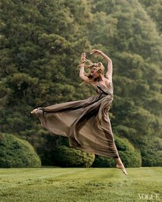 From the Archives: Ballet in Vogue - Vogue Daily - Fashion and Beauty News and Features