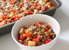 Red Pepper Lentil Bake: For a satisfying and flavorful meal that you can make ahead at the beginning of the week, bake a batch of this lentil and red pepper dish. Not only is this protein-packed vegetarian dinner under 250 calories, but cheese lovers will appreciate the parmesan and cheddar topping. Photo: Leta Shy