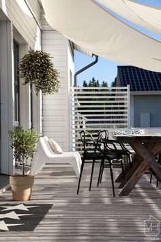 amppelit Garden Deco, Garden Shop, Indoor Outdoor Living, Outdoor Spaces, Outdoor Decor, Lounge, Pergola Plans, Decorating Blogs, Patio Design