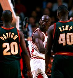 Michael Jordan Utilizing Psychological Warfare on Gary Payton and Shawn Kemp. #NBA #Basketball MJ kept so many deserving players from getting rings..just wasn't fair lol....Like my Knicks & Patrick Ewing