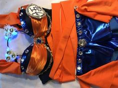 Goku Rave Bra and Bottoms - Rave Outfit – mayrafabuleux Rave Halloween Costumes, Halloween Outfits, Adult Halloween, Halloween 2019, Halloween Makeup, Cosplay Costumes, Music Festival Fashion, Festival Outfits, Festival Makeup