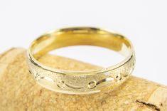Empresa Dedicada a la fabricación de joyería en oro, plata y oro laminado Wedding Rings, Engagement Rings, Bracelets, Leather, Jewelry, Jewelry Making, Enagement Rings, Jewlery, Bijoux