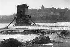 Budapest WW2 (devastated Chain Bridge)