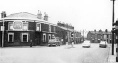 1968 Black and white photograph showing Higher Parr Street and Ashcroft Street, St. The Fingerpost Hotel. St Helens Town, Saint Helens, Photograph, England, Street View, Memories, Black And White, Building, Outdoor