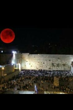 Blood Moon over the Kotel