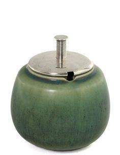 Eva Stæhr-Nielsen, Svend Weihrauch: A stoneware marmelade jar,