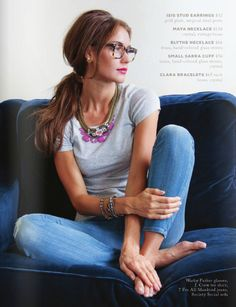 simple tee w a statement necklace. What #GraceAdele necklace would you use to dress up a casual outfit?