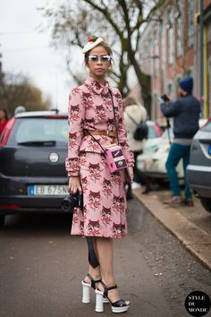 Milan Fashion Week 2014 - adorable little foxes print suite, milk carton purse and stacked heels!!