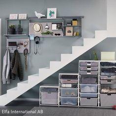Stauraum unter Treppe schaffen? Kein Problem mit diesem System.... #stauraum #space #stairs