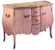 Absolutely love this pink dresser!!! I'm on a hunt to find something close second hand to achieve exactley this look!!