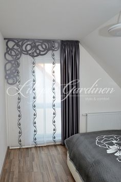 Modern bedroom curtains and curtains made to measure ✂ We sew your . Modern bedroom curtains and curtains made to measure ✂ We sew your bedroom curtains ✓ curtains Modern Window Design, Modern Windows, Home Curtains, Window Curtains, Window Coverings, Window Treatments, Curtains Childrens Room, Purple Wedding Centerpieces, Curtain Designs