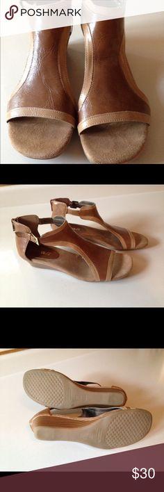 Aerosol sandal Aerosols sandals, worn once around house, excellent condition, size 7.5 Shoes Sandals