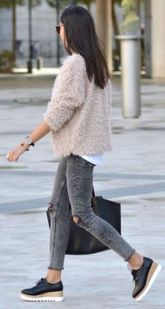 Blush pink + gorgeous + fluffy coat + Sheinside number + Federica L. +simple style + perfect winter combination  Coat: Shein, Top/Jeans: Zara.