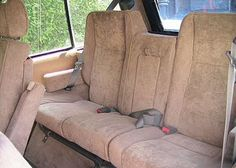 Range Rover - Range Rover Classic Luxurios 'Silver Fox' with Walnut wood, reclinable front seats, arm rests front and rear, split high back rear seat, 5 speed manual Range Rover Classic, Rear Seat, Walnut Wood, 1990s, British Car, Range Rovers, Oysters, Manual, Fox
