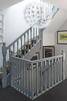 95 Ingenious Stairway Design Ideas for Your Staircase Remodel Painted Banister, Stair Banister, Painted Staircases, Banisters, House Stairs, Carpet Stairs, Wall Carpet, Carpet Decor, Bedroom Carpet