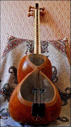 Taar, Iranian Folk, Traditional Classic Music Instrument
