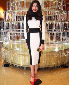 """""""Chic monochrome ❤️ #orientallifestyle #ols #CarmenMizouni #fashion #beauty #trends #luxury #lifestyle #lebanon #dubai #tunisia #morocco #kuweit #paris…"""""""