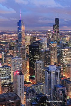 Chicago skyline panorama aerial view by Songquan Deng, via Flickr