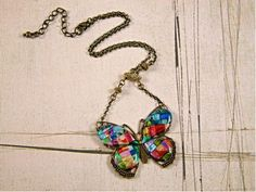 Friendly Plastic Butterfly Necklace DIY .... http://www.favecrafts.com/Necklaces/Butterfly-Friendly-Plastic-Necklace/ct/1#