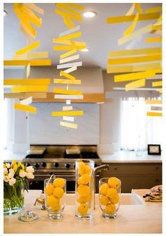 Easy lemonade yellow decorations