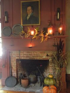 our country homes argyle Rustic Fireplaces, Country Christmas Decorations, Rustic House, Country Decor, Hearth And Home, Primitive Decorating Country, Primitive Fireplace, Colonial Decor, New England Farmhouse