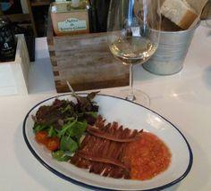 Acordándome de @pasean2 con este plato de anchoas y este viognier ;)