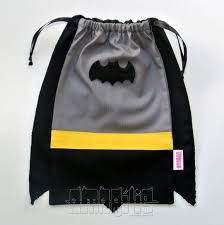 Resultado de imagen para bolsitas de batman para cumpleaños Batman Party, Batman Birthday, Lego Batman, Superhero Party, Batman Bag, Boy Birthday, Birthday Parties, Candy Bags, Goodie Bags