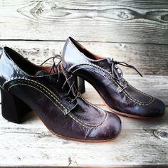 cool #vintageclothing #c4cvintage #vintagewearhouse #shoes #vintagestore #vintagefashion #vintagelovers #vintageheaven https://www.facebook.com/c4cvintage.nl
