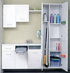 Stunning and useful small laundry room ideas - It's all too easy for an utility room to become a dark storage room filled with washes. An inviting laundry room will urge everyone in your house to take part in jobs. Laundry Cupboard, Laundry Room Cabinets, Laundry Closet, Laundry Room Organization, Small Closets, Small Laundry Rooms, Laundry Room Design, Laundry In Bathroom, Bathroom Closet