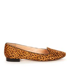 <3 leopard flats, especially this pair with the warmer gold tones
