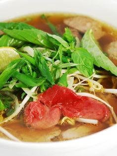 New favorite dish added by Contributing Chef Hiro Sone. Phở xe lửa đặc biệt from Pho Ao Sen.