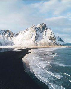 Black sand beaches is Iceland