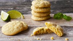 Cookies med sitron, lime og basilikum