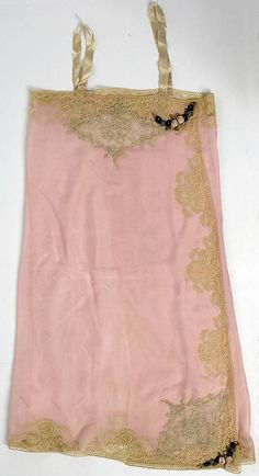 Boué Soeurs Pink Lingerie from 1927. Made from silk, lace, ribbon flower embellishment and embroidery.
