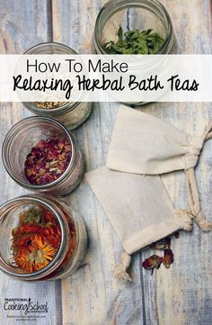 Herbal bath tea recipe - When adding herbs to a warm bath, the healing benefits of the herbs absorb through the skin. Mix up the herbs a little for either a relaxing, soothing bath, or an invigorating and rejuvenating one! Natural Home Remedies, Herbal Remedies, Health Remedies, Diy Beauté, Diy Spa, Easy Diy, Bath Recipes, Soap Recipes, Belleza Natural